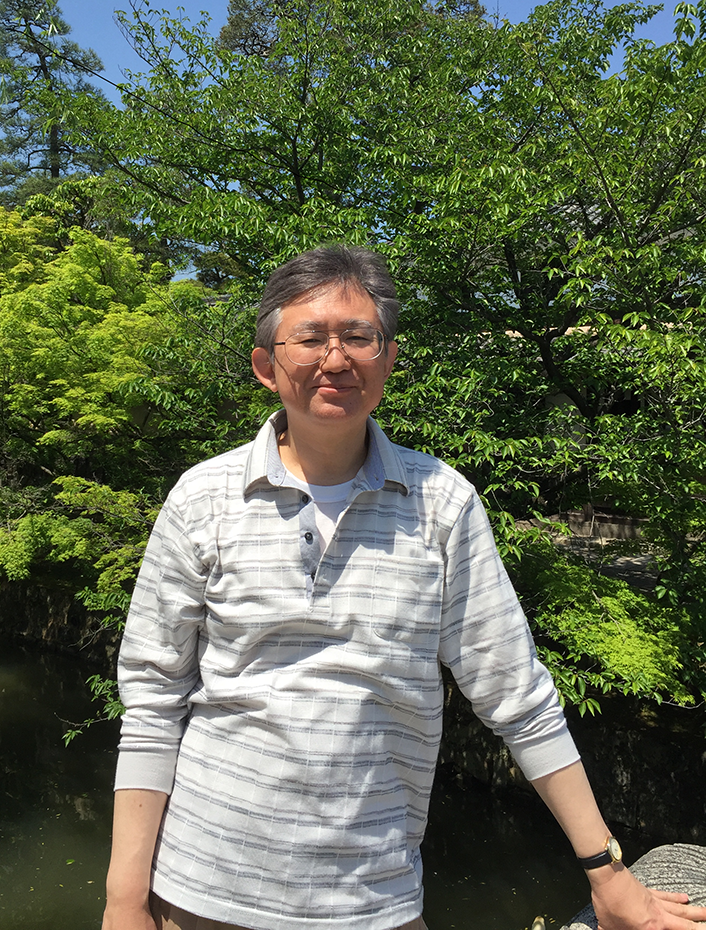 新任教員 東村秀之先生の紹介(4月)